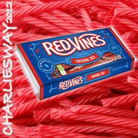 RED VINES TWIST DA 140 GR LIQUIRIZIA ROSSA CARAMELLE DOLCIUMI MADE IN USA OTTIMA